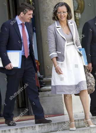 Benoit Apparu (l) France's Newly-named Secretary of State For Housing and Newly-named Deputy Minister For Overseas Territories Marie-luce Penchard (r)leave the Elysee Palace After the First Ministers' Cabinet Meeting Following a Government Re-shuffle in Paris France 24 June 2009 French President Nicolas Sarkozy Announced a Cabinet Reshuffle On 23 June