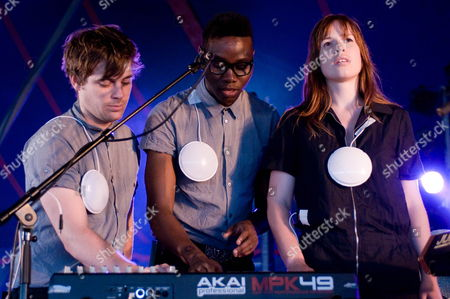 Oscar Cash (l) Gbenga Adelekan (c) and Anna Prior (r) of British Electronic Music Band Metronomy Perform at the Solidays Music Festival On the Outskirts of Paris France 28 June 2009 the Annual Solidays Festival Which is Aimed at Raising Funds For the Fight Against Aids Celebrates Its 11th Edition This Year