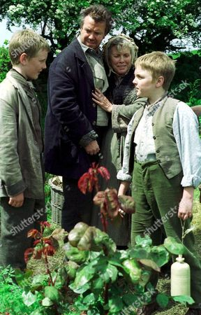 'A Dinner of Herbs'  TV - 2000 - Daniel Appleby, Billie Whitelaw, Kieron Hall.