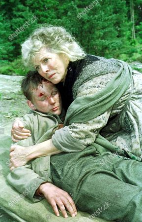 'A Dinner of Herbs'  TV - 2000 - Daniel Appleby, Billie Whitelaw.