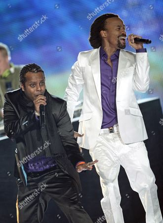 Tshawe Baqwa (r) and Yosef Wolde-mariam of Norwegian Band Madcon Perform During the World Music Awards 2008 at the Monte Carlo Sporting Club in Monaco 09 November 2008
