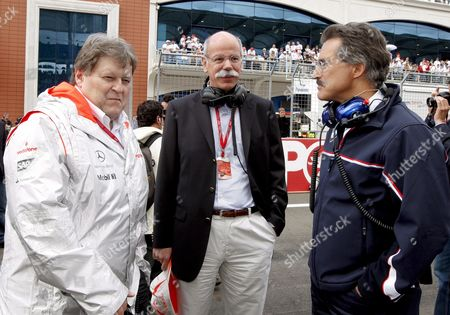 Daimler Benz Ceo German Dr Dieter Zetsche (c) Mercedes Motoesport Director Norbert Haug (l) and Bmw Motorsport Director Dr Mario Theissen Chat at the Grid Before the Start of the Turkish Grand Prix at Istanbul Park Circuit in Istanbul Turkey On 11 May 2008