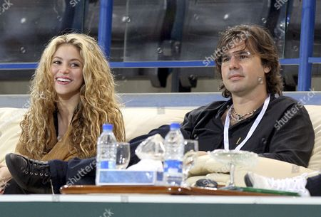 Stock Photo of Colombian Singer Shakira (l) and Her Boyfriend Antonio De La Rua (r) Watch the Semifinal Match Between Nikolay Davydenko of Russia and Rafael Nadal of Spain at the Capitala World Tennis Champoinship in Abu Dhabi United Arab Emirates 02 January 2009 Nadal Won 6-2 and 6-3