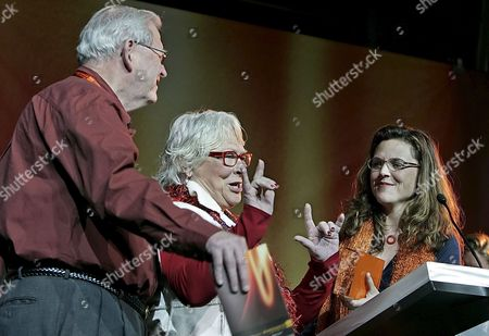 Director Irene Taylor Brodsky (r) Watches Her Parents Sally (c) and Paul (l) Taylor Gesture to the Audience As She Received the Audience Award - Documentary For the Film 'Hear and Now' at the 2007 Sundance Film Festival Awards Night in Park City Utah Saturday 27 January 2007