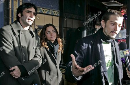 Director Carlos Bolado (l) Actress Alice Braga (c) and Actor Diego Luna Arrive at the Premiere of 'Solo Dios Sabe' Which Opened at the 25th Sundance Film Festival Friday 20 January 2006 in Park City Utah the Festival Will Run in Park City Through 29 January