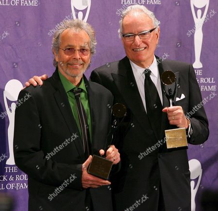 Herb Alpert (l) and Jerry Moss (r) Founders of A&m Records Pose For Photographers Backstage After Being Inducted Into the Rock and Roll Hall of Fame Induction Ceremonies at the Waldorf-astoria Hotel in New York City Monday 13 March 2006 Black Sabbath Blondie and the Sex Pistols Were Also Inducted in This Year's Ceremony