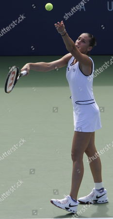 Flavia Pannetta of Italy Serves Against Aleksandra Wozniak of Canda During the Fifth Day of the 2009 Us Open Tennis Championship at the Usta National Tennis Center in Flushing Meadows New York Usa 04 September 2009 the Open Runs Through Sunday 13 September 2009