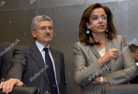 Italian Foreign Minister Massimo D'alema (l) Chats with Greek Foreign Minister Dora Bakoyianni Prior the Eu General Affairs and External Relations Council Meeting in Luxembourg 17 June 2007