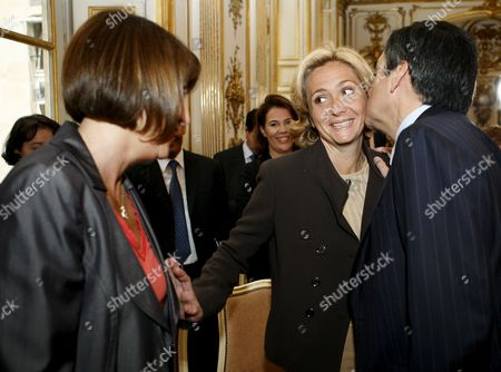 French Prime Minister Francois Fillon (r) Greets French Higher Education and Research Minister Valerie Pecresse (c) and Culture Minister Christine Albanel (l) Before a Speech at Matignon in Paris France 14 May 2009 to Present and to Launch the Cultural Council of Union For the Mediterranean the Union For the Mediterranean is a Community Initiated On 13 July 2008 by French President Nicolas Sarkozy As a Development of the Euromediterranean Partnership the Act Unites All Eu Members with Several Non-eu Countries That Border the Mediterranean Sea