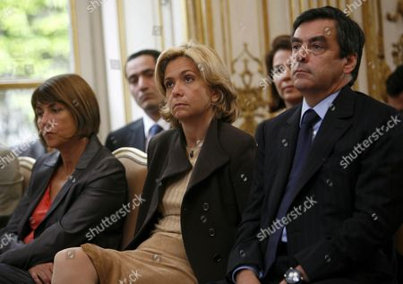 French Prime Minister Francois Fillon (r) French Higher Education and Research Minister Valerie Pecresse (c) and Culture Minister Christine Albanel (l) Listen to a Speech at Matignon in Paris France 14 May 2009 to Present and to Launch the Cultural Council of Union For the Mediterranean the Union For the Mediterranean is a Community Initiated On 13 July 2008 by French President Nicolas Sarkozy As a Development of the Euromediterranean Partnership the Act Unites All Eu Members with Several Non-eu Countries That Border the Mediterranean Sea