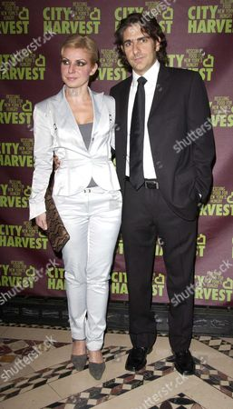 Stock Picture of Michael Imperioli and wife Victoria Chlebowski