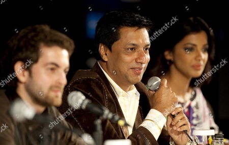 Director Madhur Bhandarkar (c) and Stars Neil Nitin Mukesh (l) and Mugdha Godse (r) Speak to the Press at the Launch of Their Movie 'Jail' On the Second Day of the International Indian Film Academy (iifa) Awards Weekend at the Venetian Casino Resort in Macau China 12 June 2009 the Iifa Awards Are Often Referred to As the Bollywood Oscars Celebrating the International Nature of Indian Cinema This Marks the 10th Year of the Awards Which Are Held in a Different Country Each Year