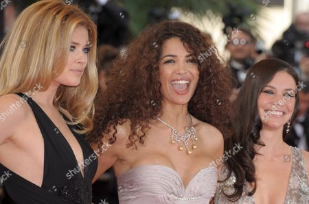 Model Doutzen Kroes (l) and Actress Evangeline Lilly (r) and Afef Jnifen (c) Arrive For the Gala Screening of the Film 'Vengeance' by Johnny to Running in Competition During the 62nd Edition of the Cannes Film Festival in Cannes France 17 May 2009