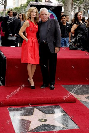 Us Actress Kyra Sedgwick (l) with 'The Closer' Cast Member Us Television and Film Actor G W Bailey As She Receives the 2 384th Star On the Hollywood Walk of Fame Los Angeles California Usa On 08 June 2009 Bacon's Star is Next to Hers Kyra Sedgwick Was Born in New York in 1965 and Grew Up in Manhattan She Made Her Professional Acting Debut at the Age of 16 On the Soap Opera 'Another World '
