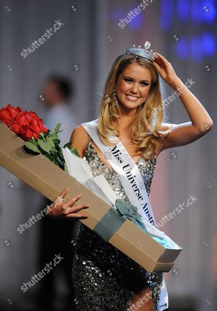 Scherri-lee Biggs From Western Australia Celebrates After She is Crowned the 2011 Miss Universe Australia at the Sofitel in Melbourne 07 July 2011 Thirty Finalists Took Part in the Event