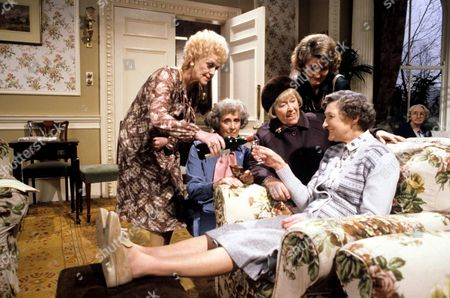 'You're Only Young Twice' Dolly Love [Lally Bowers], Mildred Fanshaw [Diana King], Flora Petty [Peggy Mount], Miss Milton [Charmian May], Cissie Lupin [Pat Coombs]