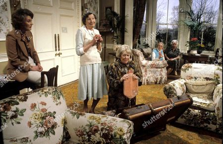 'You're Only Young Twice' Miss Milton [Charmian May], Cissie Lupin [Pat Coombs], Flora Petty [Peggy Mount]