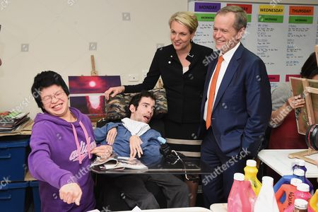 Leader of the Opposition Bill Shorten (r) and Deputy Leader of the Opposition Tanya Plibersek (2-r) Visit Northcott Disability Centre As Part of the 2016 Election Campaign in the Federal Seat of Parramatta in the Sydney Suburb of Parramatta New South Wales Australia 01 July 2016 the Australian Federal Election Will Be Held On 02 July