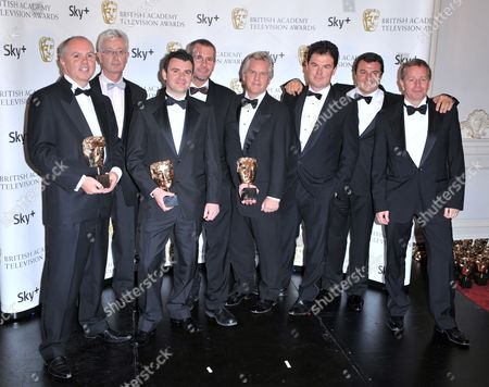 Steve Ryder (c) with ITV's Formula One cast