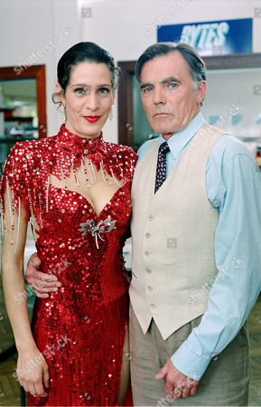 'Reach For The Moon'   TV Simone Gogelein and Maurice Roeves