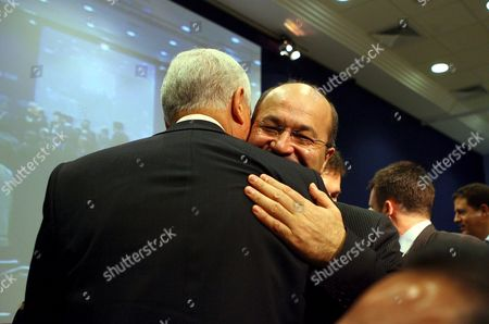 Us Senator Orin Hatch (l) is Embraced by Iraqi Deputy Prime Minister Barham Salih (r) Following a Discussion Titled 'Iraq: the Regional Security Dimension' On the Last Day of the World Economic Forum On the Middle East 2007 at the Dead Sea Jordan 20 May 2007 the Wef Gathers Together Renown Scholars Businessmen Media and Politicians to Discuss the Current Economic Political Social and Religious Issues in the Middle East