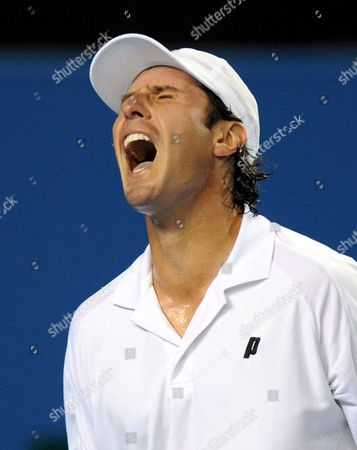 Vincent Spadea of the Usa Reacts After Losing a Point to David Ferrer of Spain During Their Third Round Match at the Australian Open Tennis Tournament in Melbourne Australia 20 January 2008 Ferrer Won the Match 6-3 6-3 6-2