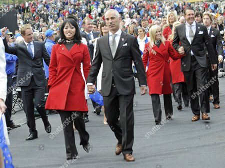 Usa Ryder Cup Team Captain Corey Pavin (c) and His Wife Lisa (2nd L) Leave the Opening Ceremony at Celtic Manor Golf Course in Newport Wales Britain 30 September 2010 the Ryder Cup 2010 Starts on October 01 and Finishes on October 03 United Kingdom Newport