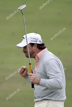 Graeme Mcdowell of Northern Ireland Celebrates After Winning the 110th Us Open Championship on the Pebble Beach Golf Links at Pebble Beach California Usa 20 June 2010 Mcdowell is the First European to Win the Us Open Since Englishman Tony Jacklin in 1970 United States Pebble Beach