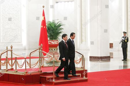Chinese Premier Wen Jiabao (r) Walks with Mongolian Prime Minister Sukhbaataryn Batbold (l) During a Welcome Ceremony Inside the Great Hall of the People in Beijing China 16 June 2011 Batbold is in China on a Three-day Official Visit China Beijing
