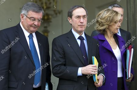 French Minister of Interior Claude Geant (c) Flanked by Justice Minister Michel Mercier (l) and Research and Higher Education Minister Valerie Pecresse (r) Leaves the Elysee Palace After the Weekly Cabinet Meeting in Paris France 13 April 2011 France Paris