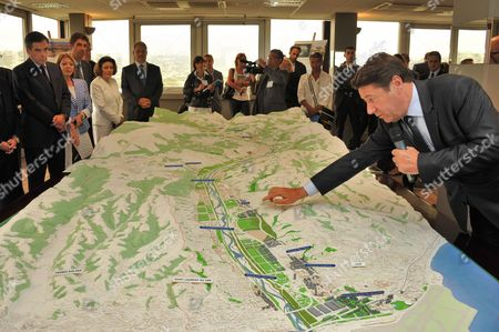 French Prime Minister Francois Fillon (l) Listens to a Presentation by Christian Estrosi (r) French Deputy and Mayor of Nice of a Plan For the New Environmental Project Eco Vallee in Nice France 17 June 2011 France Nice