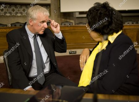 Director and Environmentalist James Cameron Talks with Democratic Congresswoman From California Diane Watson Prior to Participating in a Panel Discussion on Global Environmental Policies on Capitol Hill in Washington Dc Usa 15 April 2010 Also Participating was Actress Sigourney Weaver who Discussed Sustainable Approaches to Keeping the Earth From Suffering the Fate Depicted in the Film Avatar United States Washington