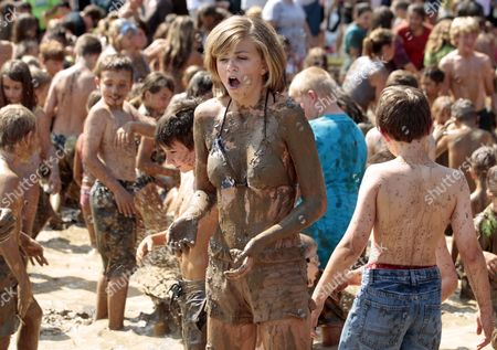 Jenna Smith Reacts to Being Splashed with Mud During the Annual Mud Day at Nankin Mills Recreation Complex in Westland Michigan Usa 12 July 2011 the Mud Pit Contains 180 Metric Tons of Clean Fill Dirt with 76 000 Liters of Water United States Westland