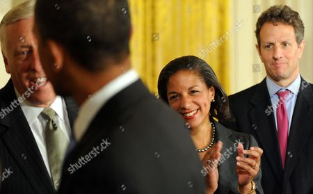 Us President Barack Obama (2-l) is Applauded by Susan E Rice (2-r) the Us Ambassador to the United Nations After Signing the Iran Sanctions Bill in the East Room of the White House in Washington Dc Usa on 01 July 2010 Media Reports State That the Bill Includes Tough New Energy and Financial Sanctions Against Iran Because of Its Nuclear Program United States Washington