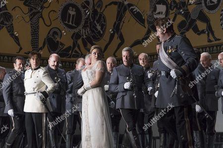 Alice Coote as Octavian, Sophie Bevan as Sophie von Fanimal, Matthew Rose as Baron Ochs