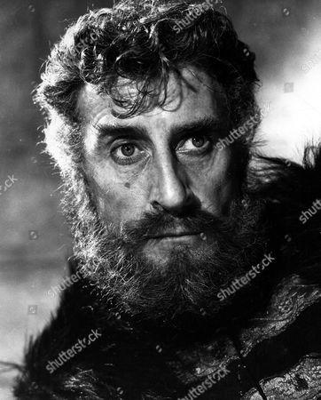 'Countess Dracula'  Film - 1971 - Captain Dobi (Nigel Green)