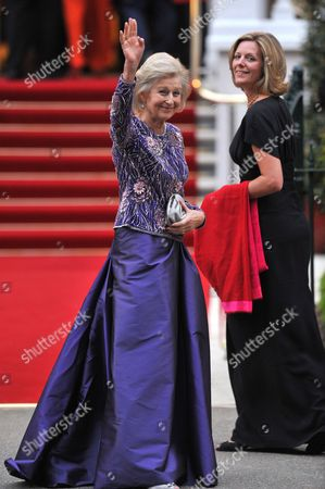 Britain's Princess Alexandra (c) and Her Daughter in Law Julia Ogilvy (r) Arrive For a Pre-wedding Dinner Held at the Mandarin Oriental Hyde Park in London Britain 28 April 2011 on the Eve of the Royal Wedding of Prince William and Kate Middleton United Kingdom London