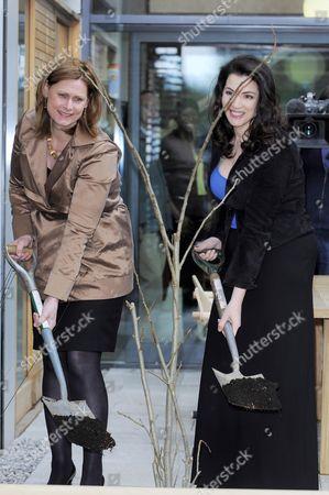 Sarah Brown and Nigella Lawson