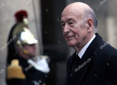 Former French President Valery Giscard-d'estaing Arrives at the Chapel For the Church Ceremony For Former French Politician and President of the 'Cour Des Comptes' (france's Public Finance Watchdog Committee) Philippe Seguin at Invalides in Paris France 11 January 2010 Seguin an Influential and Eurosceptic French Politician Died of a Heart Attack on 07 January 2010 Aged 66 France Paris