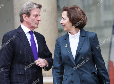 French Fm Bernard Kouchner (l) Chats with French Minister of Foreign Trade and President of the European Union Council of Ministers Anne Marie Idrac (r) As They Leave After Taking Part in the French Council Ministers at the Elysee Palace in Paris France 03 February 2010 France Paris