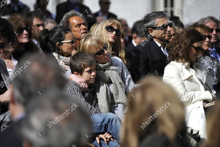Dominique Semprun (c) the Daughter of Late Spanish Author Jorge Semprun an Unidentified Members of Her Family Attend a Ceremony in Homage of Spanish Writer Intellectual and Former Culture Minister Jorge Semprun in Paris France on 11 June 2011 Semprun who Went Into Exile in France Leaving Spain with His Family After the Spanish Civil War Died on 07 June 2011 at His Home in Paris at the Age of 87 Semprun's Funeral Will Be Held Sunday 12 June 2011 As a Close Family Affair in Garantreville Near Paris France Paris