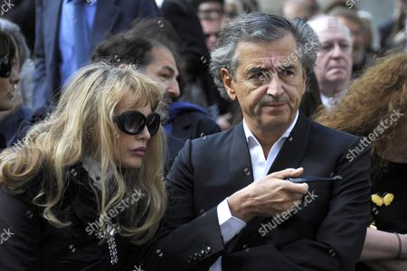 French Philosopher Bernard Henry Levy (r) and His Wife French Actress and Singer Arielle Dombasle Attend a Ceremony in Homage of Spanish Writer Intellectual and Former Culture Minister Jorge Semprun in Paris France on 11 June 2011 Semprun who Went Into Exile in France Leaving Spain with His Family After the Spanish Civil War Died on 07 June 2011 at His Home in Paris at the Age of 87 Semprun's Funeral Will Be Held Sunday 12 June 2011 As a Close Family Affair in Garantreville Near Paris France Paris