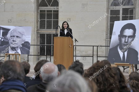 Stock Picture of Spanish Culture Minister Angeles Gonzalez-sinde Delivers a Speech During a Ceremony in Homage of Spanish Writer Intellectual and Former Culture Minister Jorge Semprun in Paris France on 11 June 2011 Semprun who Went Into Exile in France Leaving Spain with His Family After the Spanish Civil War Died on 07 June 2011 at His Home in Paris at the Age of 87 Semprun's Funeral Will Be Held Sunday 12 June 2011 As a Close Family Affair in Garantreville Near Paris France Paris