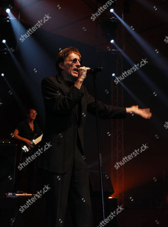 British Singer and Songwriter Robin Hugh Gibb Performs Onstage at Biel in Downtown Beirut Lebanon 20 November 2010 Lebanon Beirut