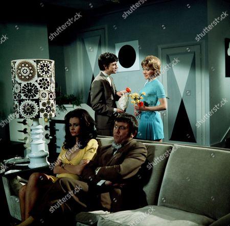 'Carry On Loving'   Film Imogen Hassall and Terry Scott, Richard O' Callahan, Jacki Piper