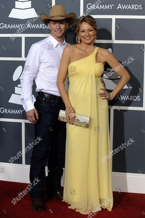Us Singer Jewel (r) and Her Husband Ty Murray (l) Arrive For the 53rd Annual Grammy Awards at Staples Center in Los Angeles California Usa 13 February 2011 United States Los Angeles