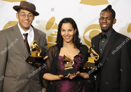 Members of the Us Band Carolina Chocolate Drops (l-r) Dom Flemons Rhiannon Giddens and Justin Robinson with Their Awards For Best Traditional Folk Album For Genuine Negro Jig in the Photo Room at the 53rd Annual Grammy Awards at Staples Center in Los Angeles California Usa 13 February 2011 United States Los Angeles