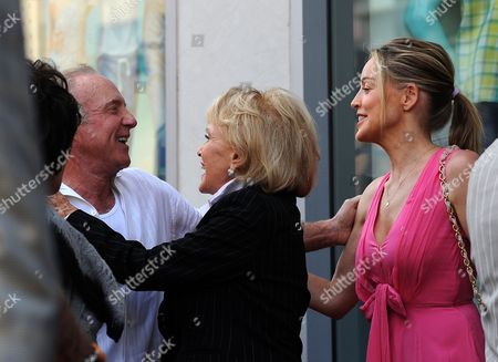 Us Singer Jane Morgan (c) with Us Actors James Caan (l) and Sharon Stone (r) During a Ceremony Honoring Morgan with a Star on the Hollywood Walk of Fame in Hollywood California Usa 06 May 2011 Morgan Received the 2439th Star on the Hollywood Walk of Fame United States Hollywood