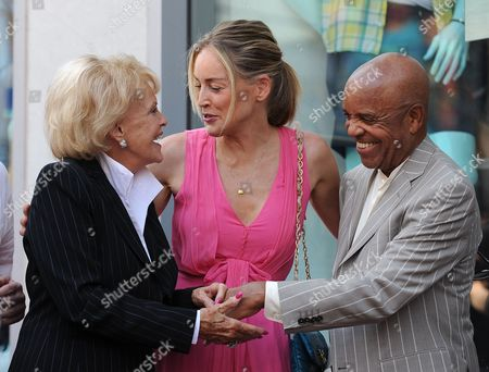 Us Singer Jane Morgan (l) Talks with Us Actress Sharon Stone (c) and Us Record Producer Berry Gordy (r) Following a Ceremony Honoring Morgan with a Star on the Hollywood Walk of Fame in Hollywood California Usa 06 May 2011 Morgan Received the 2439th Star on the Hollywood Walk of Fame United States Hollywood