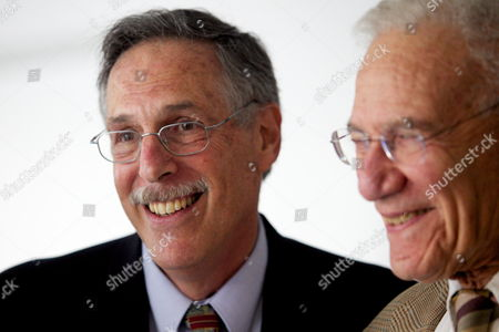 Mit Professor of Economics Peter Diamond Left Chats with Mentor and 1987 Nobel Prize Winner Robert Solow After Addressing the Media at the Mit Campus in Cambridge Mass Usa on 11 October 2010 Hours After Being One of Three Awarded the Nobel Prize in Economic Sciences United States Cambridge